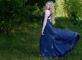 В России назвали среднюю стоимость выпускного платья