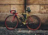 Во Владикавказе поймали велосипедиста-грабителя