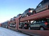 Импорт легковых автомобилей в Россию снизился в 1,5 раза