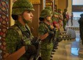 Женщинам в армии США разрешат красить губы и носить сережки